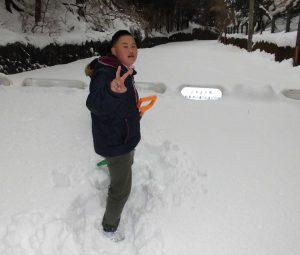 こもれびから雪遊びへ4